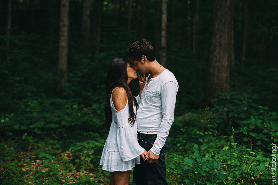 Creative Muskoka engagement photography