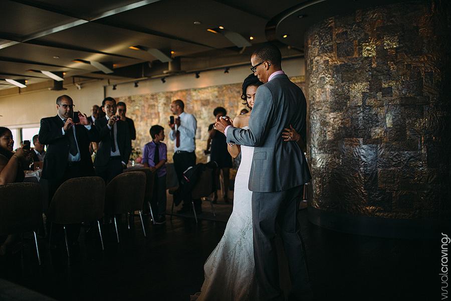 Canoe-Toronto-Wedding-Lien-Marc-Toronto-wedding-photography-Sam-Wong-Visual-Cravings_40