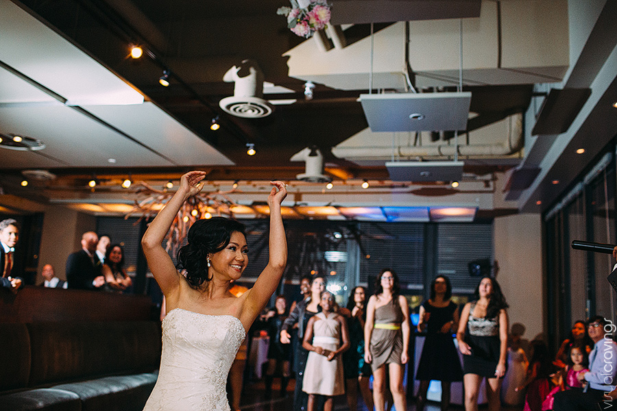 Canoe-Toronto-Wedding-Lien-Marc-Toronto-wedding-photography-Sam-Wong-Visual-Cravings_47