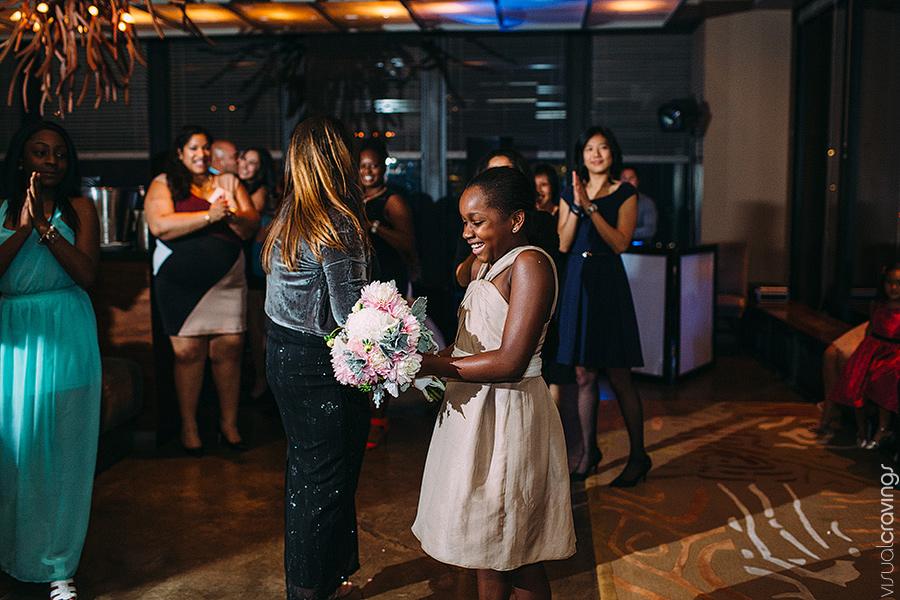 Canoe-Toronto-Wedding-Lien-Marc-Toronto-wedding-photography-Sam-Wong-Visual-Cravings_48