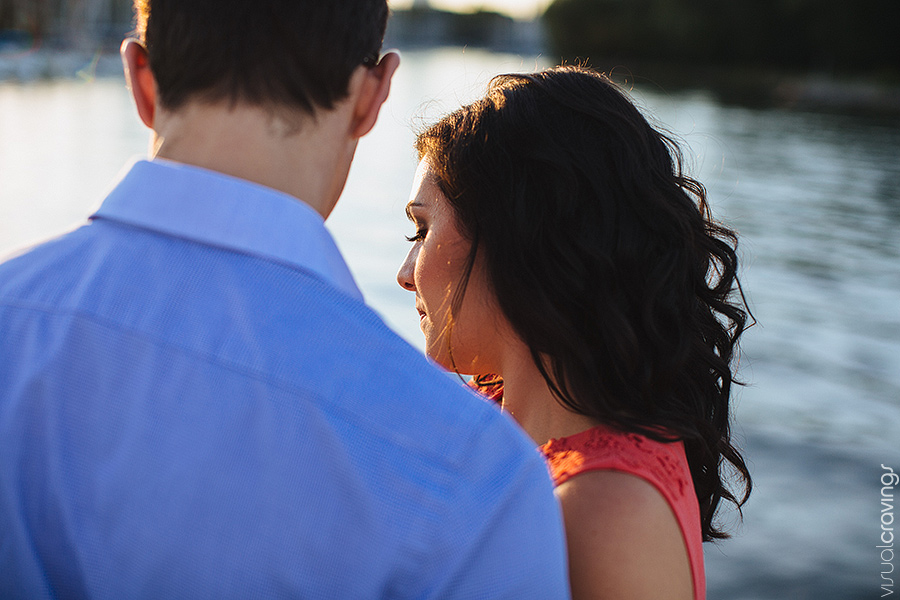 Oakville-wedding-photographer-Julia-Paul-engagement-session-waterfront14