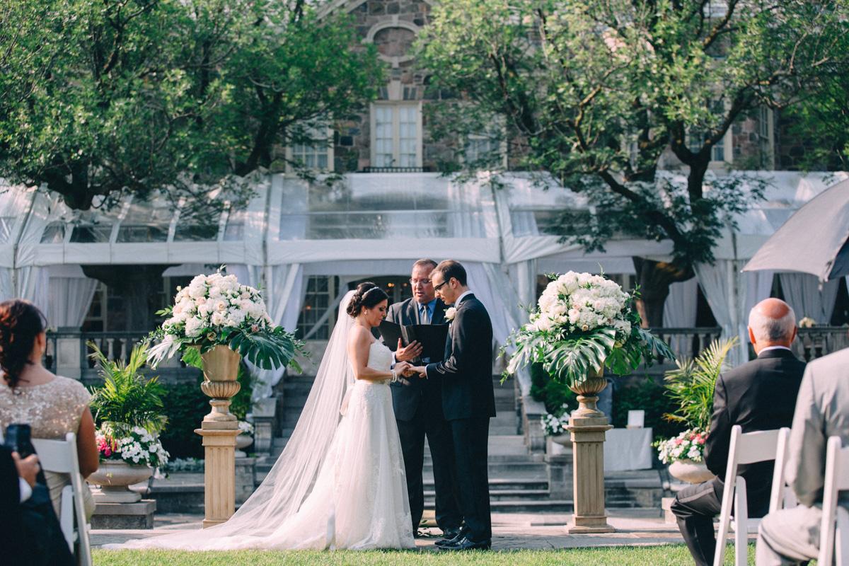 Graydon-Hall-Wedding-Photography-Julia-Paul-Toronto-wedding-photographer-Visual-Cravings_24