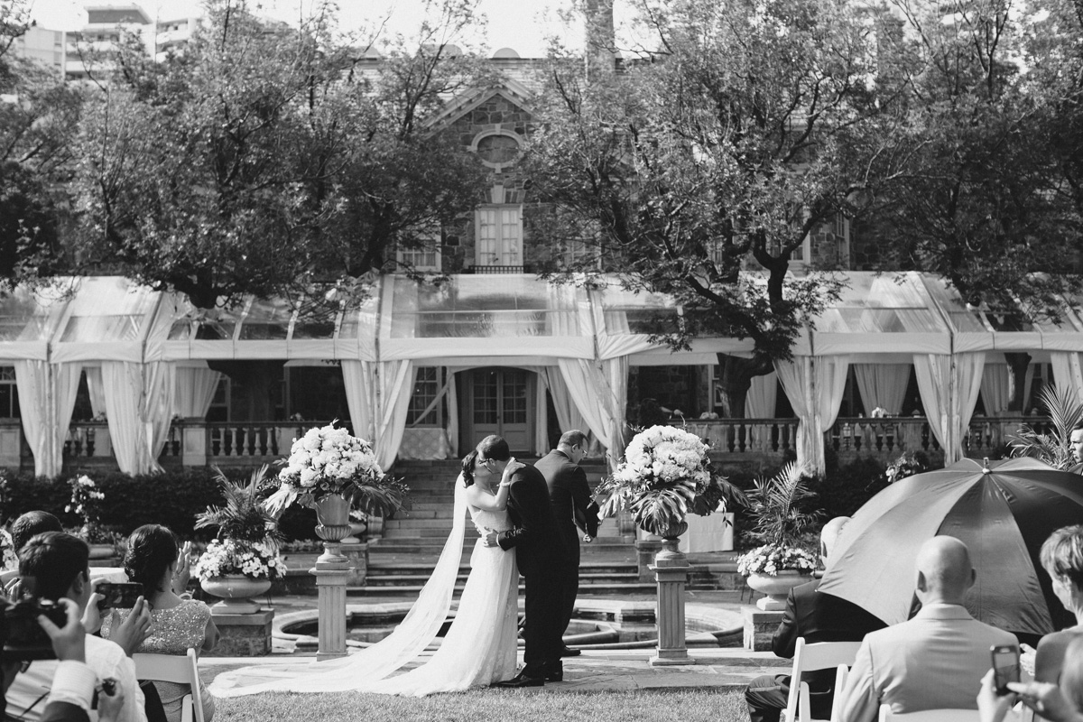 Graydon-Hall-Wedding-Photography-Julia-Paul-Toronto-wedding-photographer-Visual-Cravings_25