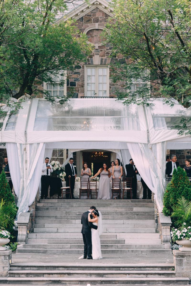 Graydon-Hall-Wedding-Photography-Julia-Paul-Toronto-wedding-photographer-Visual-Cravings_30