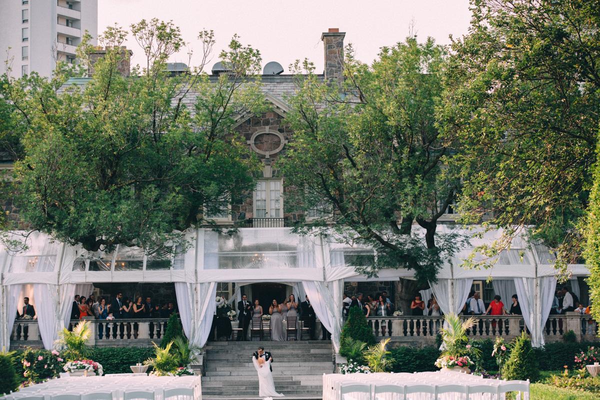 Graydon-Hall-Wedding-Photography-Julia-Paul-Toronto-wedding-photographer-Visual-Cravings_31