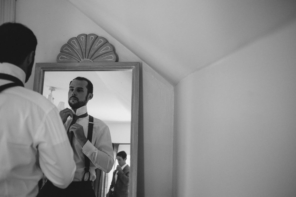 Sir-William-MacKenzie-Inn-wedding-Balsam-Lake-cottage-wedding-photoraphy-by-Sam-Wong-Visual-Cravings-ErinKyle_07