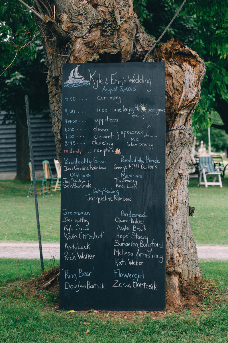 Sir-William-MacKenzie-Inn-wedding-Balsam-Lake-cottage-wedding-photoraphy-by-Sam-Wong-Visual-Cravings-ErinKyle_28