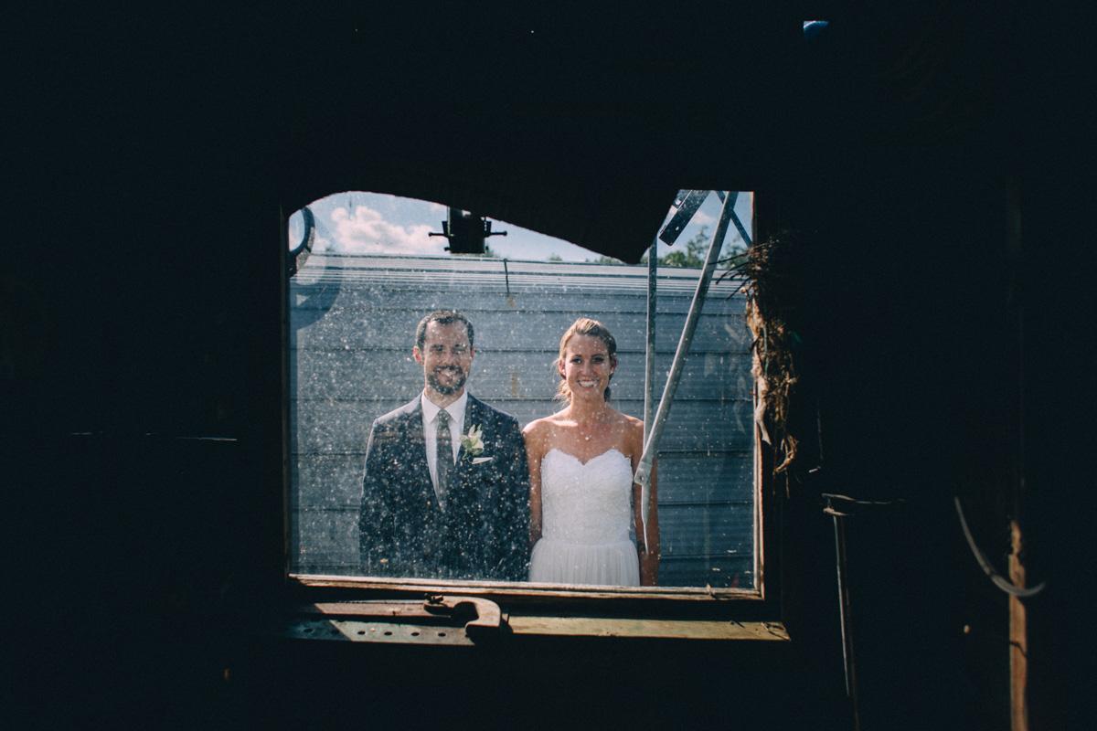 Sir-William-MacKenzie-Inn-wedding-Balsam-Lake-cottage-wedding-photoraphy-by-Sam-Wong-Visual-Cravings-ErinKyle_42