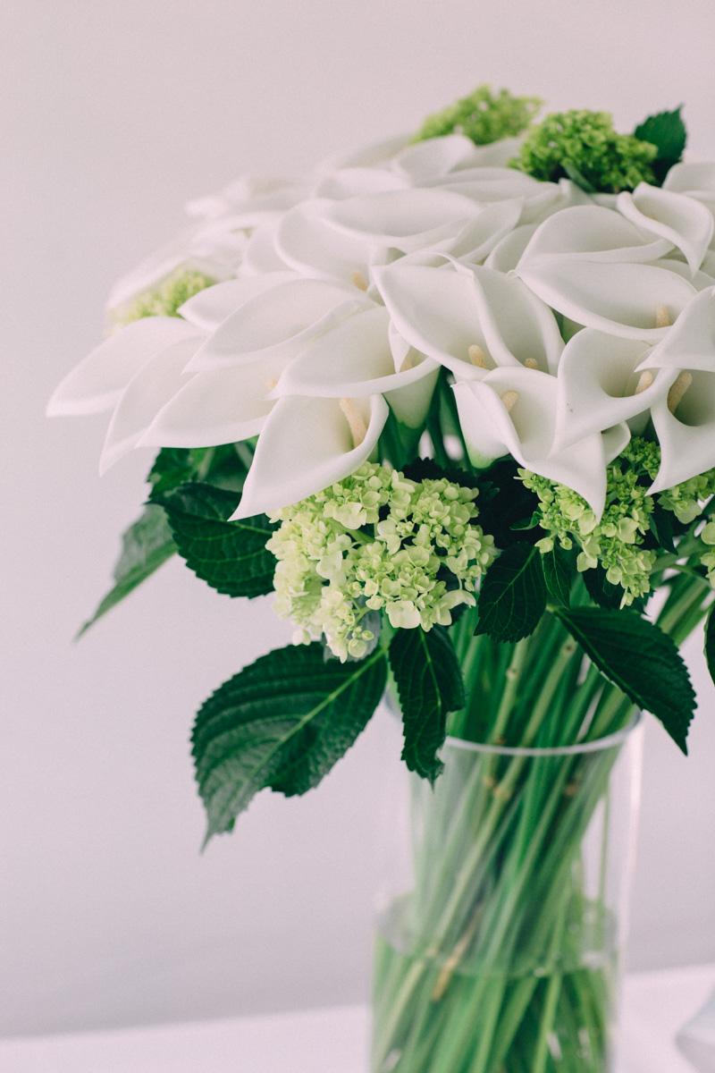 Sir-William-MacKenzie-Inn-wedding-Balsam-Lake-cottage-wedding-photoraphy-by-Sam-Wong-Visual-Cravings-ErinKyle_48