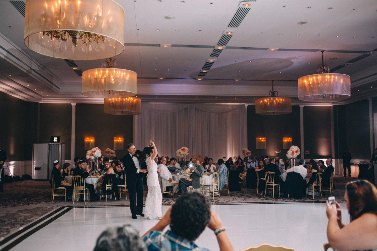 Westin-Prince-Toronto-wedding-photography-Rachel-Jason-photographer-Visual-Cravings_050