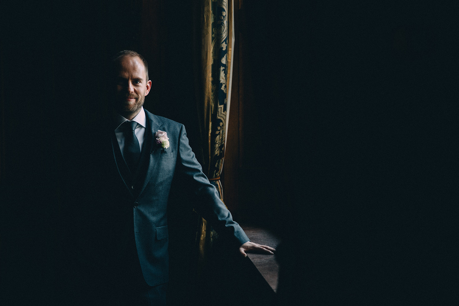 One-King-West-Toronto-wedding-photography_Sam-Wong-of-Visual-Cravings_KnR-22