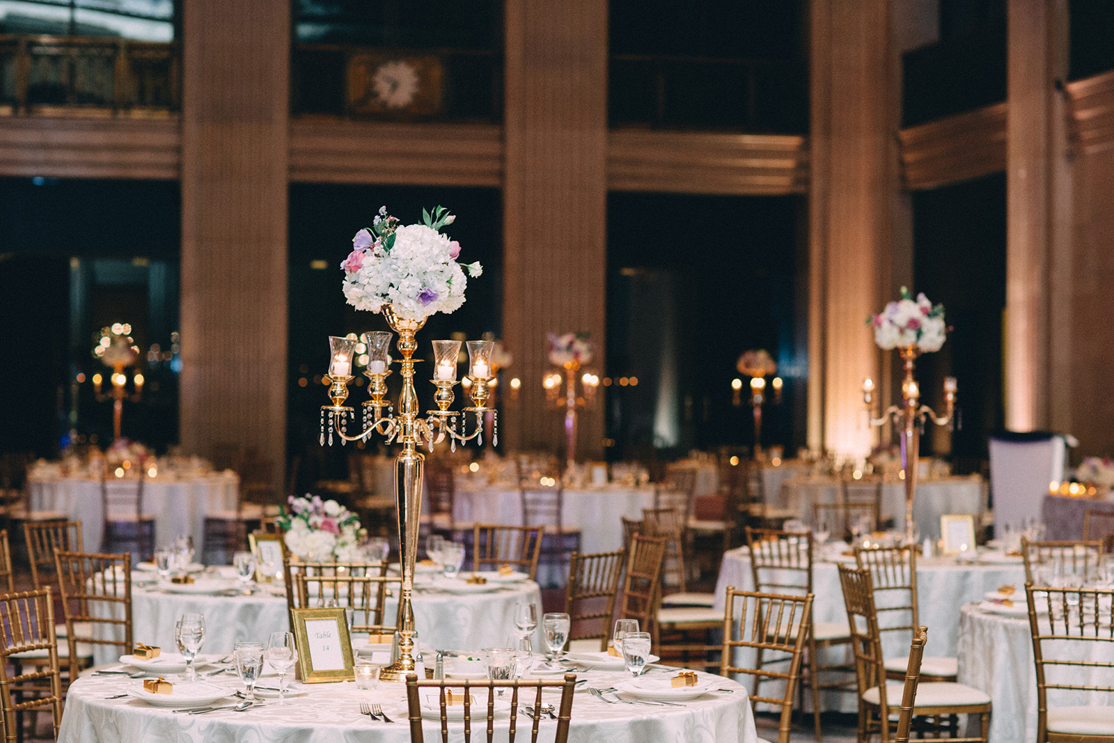 One-King-West-Toronto-wedding-photography_Sam-Wong-of-Visual-Cravings_KnR-32