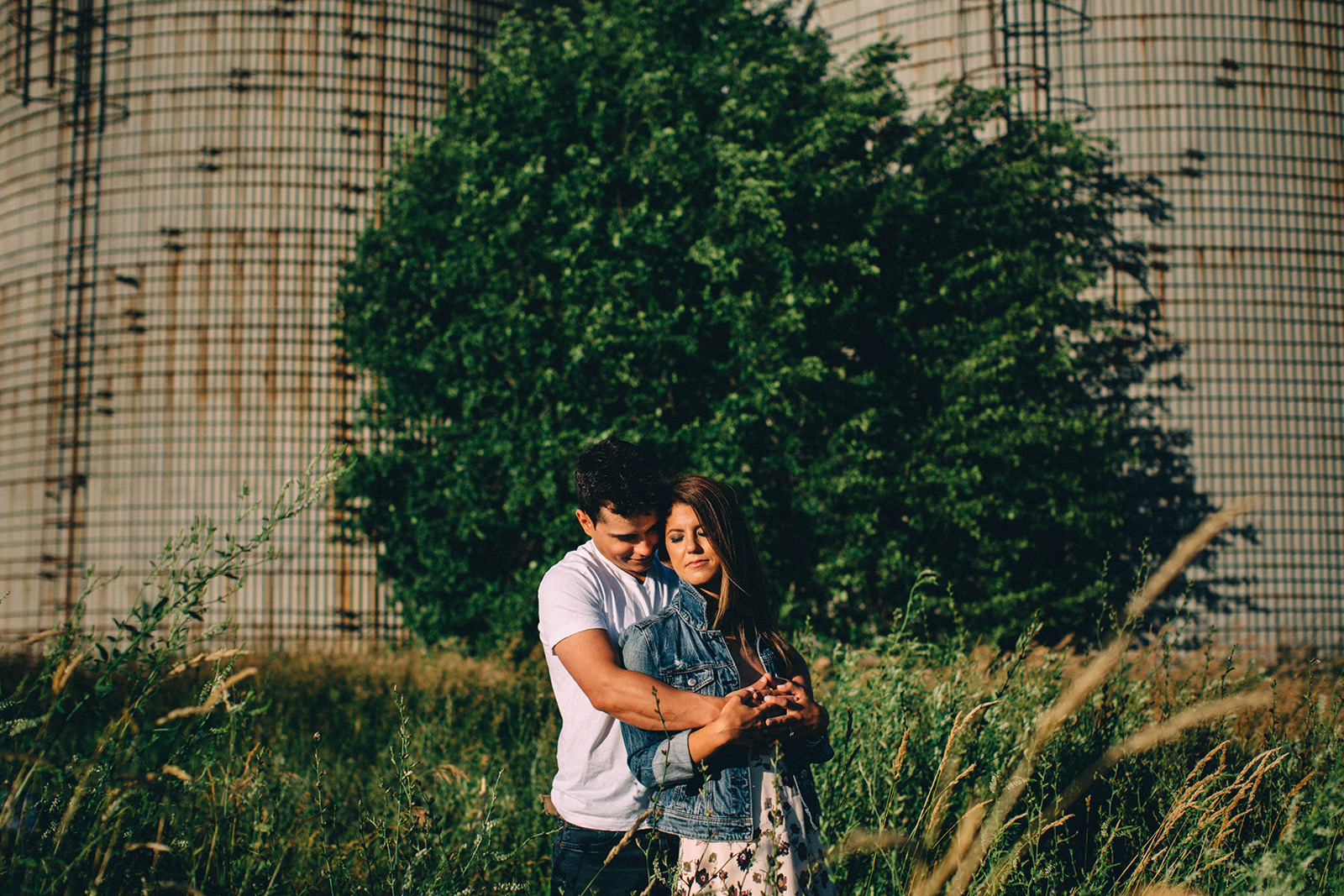 Rural-Ontario-modern-lifestyle-engagement-session-Sam-Wong-Visual-Cravings-AnJ_08