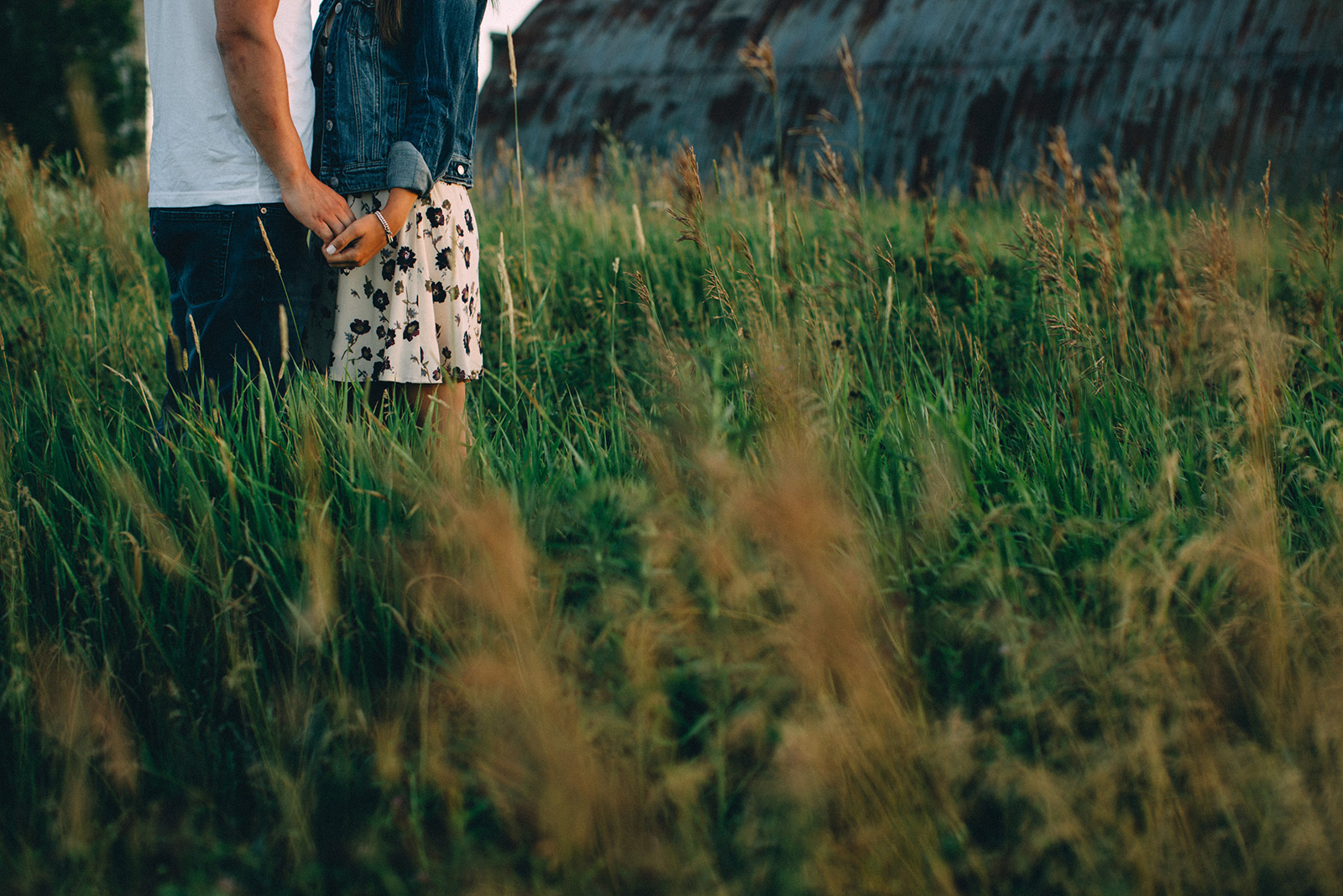 Rural-Ontario-modern-lifestyle-engagement-session-Sam-Wong-Visual-Cravings-AnJ_17