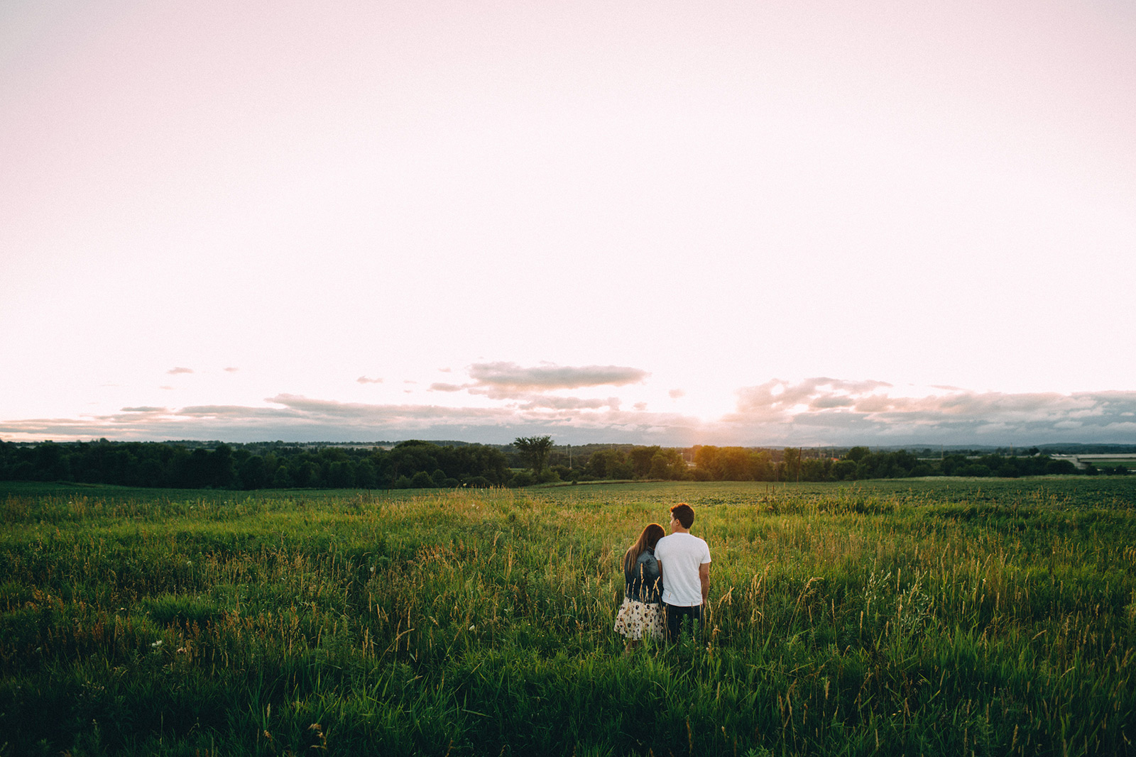 Rural-Ontario-modern-lifestyle-engagement-session-Sam-Wong-Visual-Cravings-AnJ_21