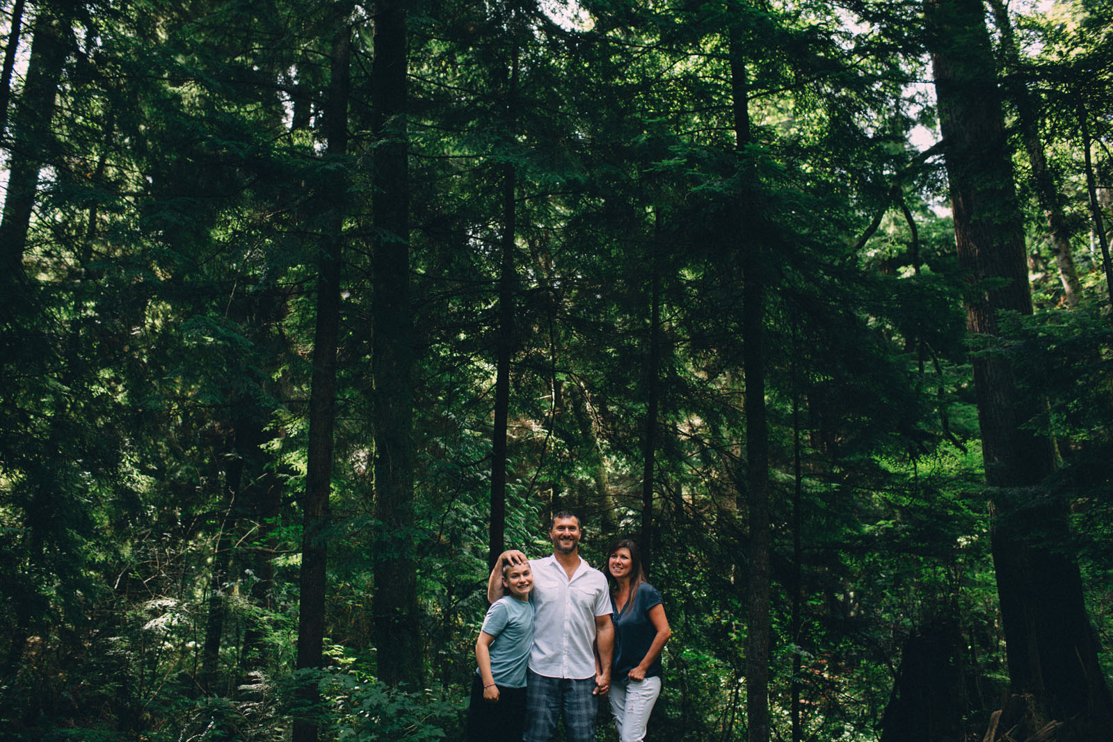 Stanley-Park-family-portrait-Vancouver-photographer-Sam-Wong-of-Visual-Cravings_01