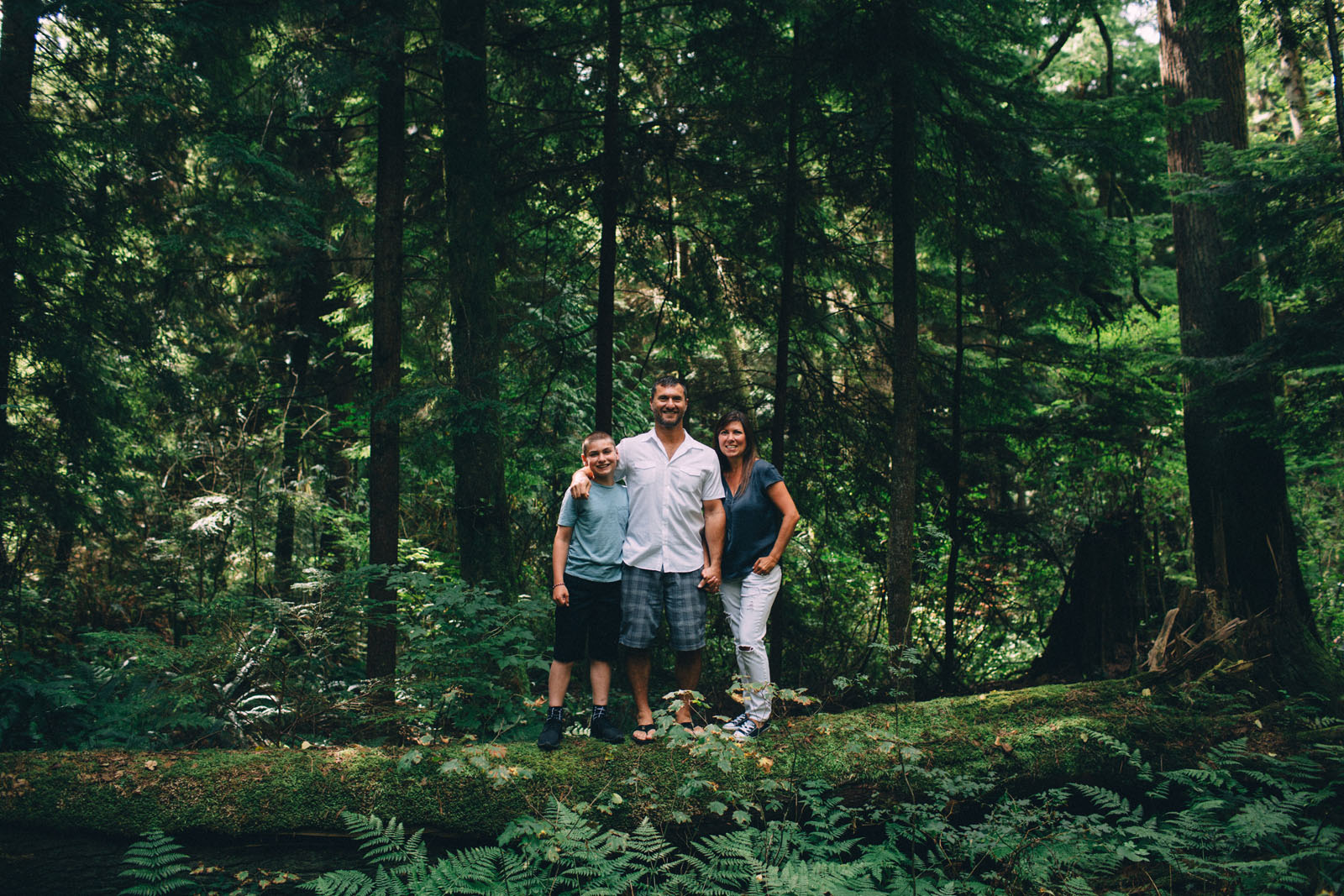 Stanley-Park-family-portrait-Vancouver-photographer-Sam-Wong-of-Visual-Cravings_05