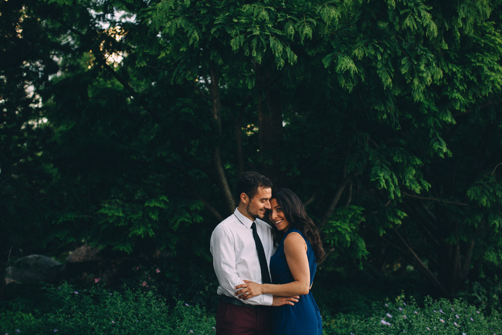 Toronto-waterfront-lifestyle-engagement-photography-by-Sam-Wong-Visual-Cravings_08