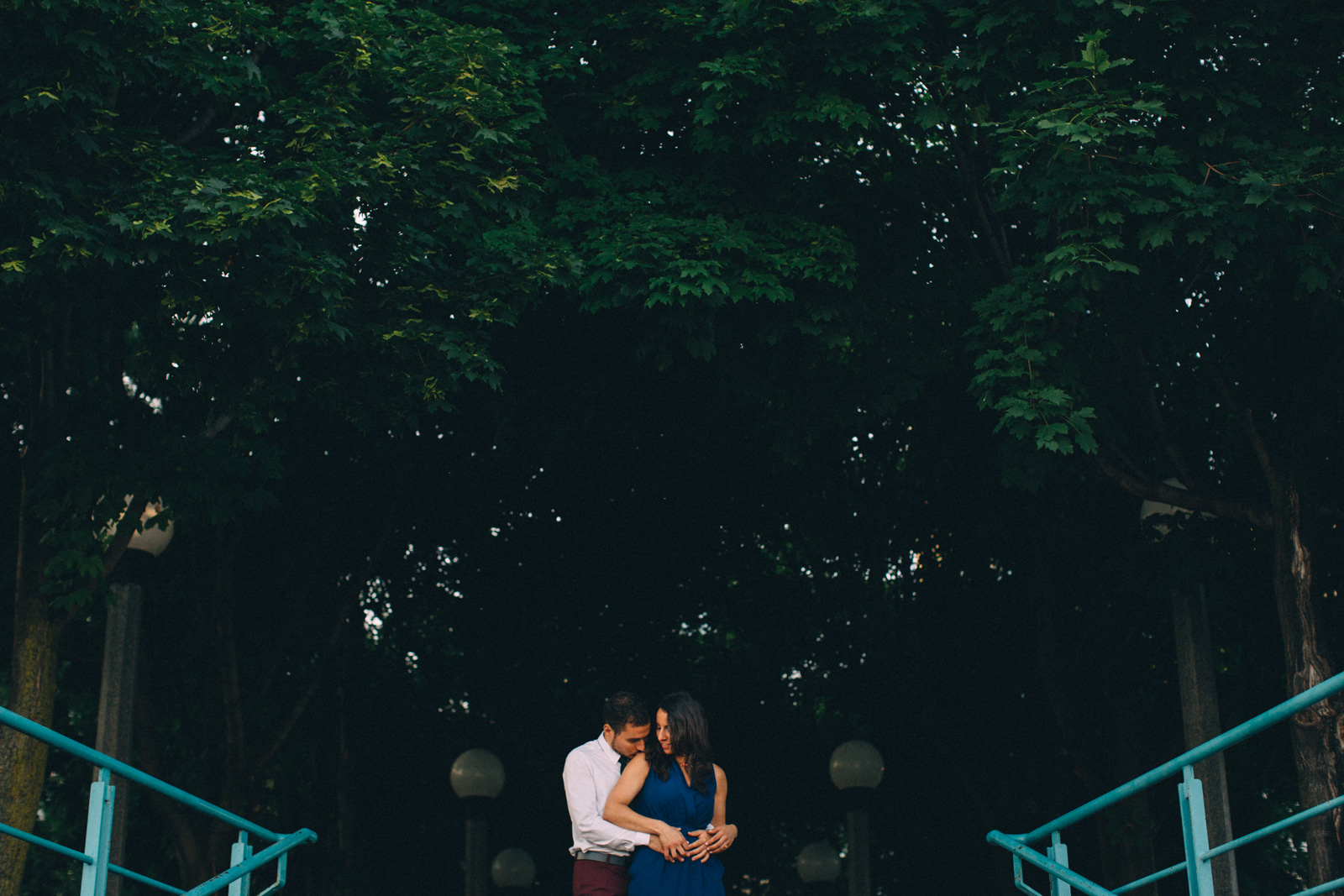 Toronto-waterfront-lifestyle-engagement-photography-by-Sam-Wong-Visual-Cravings_11