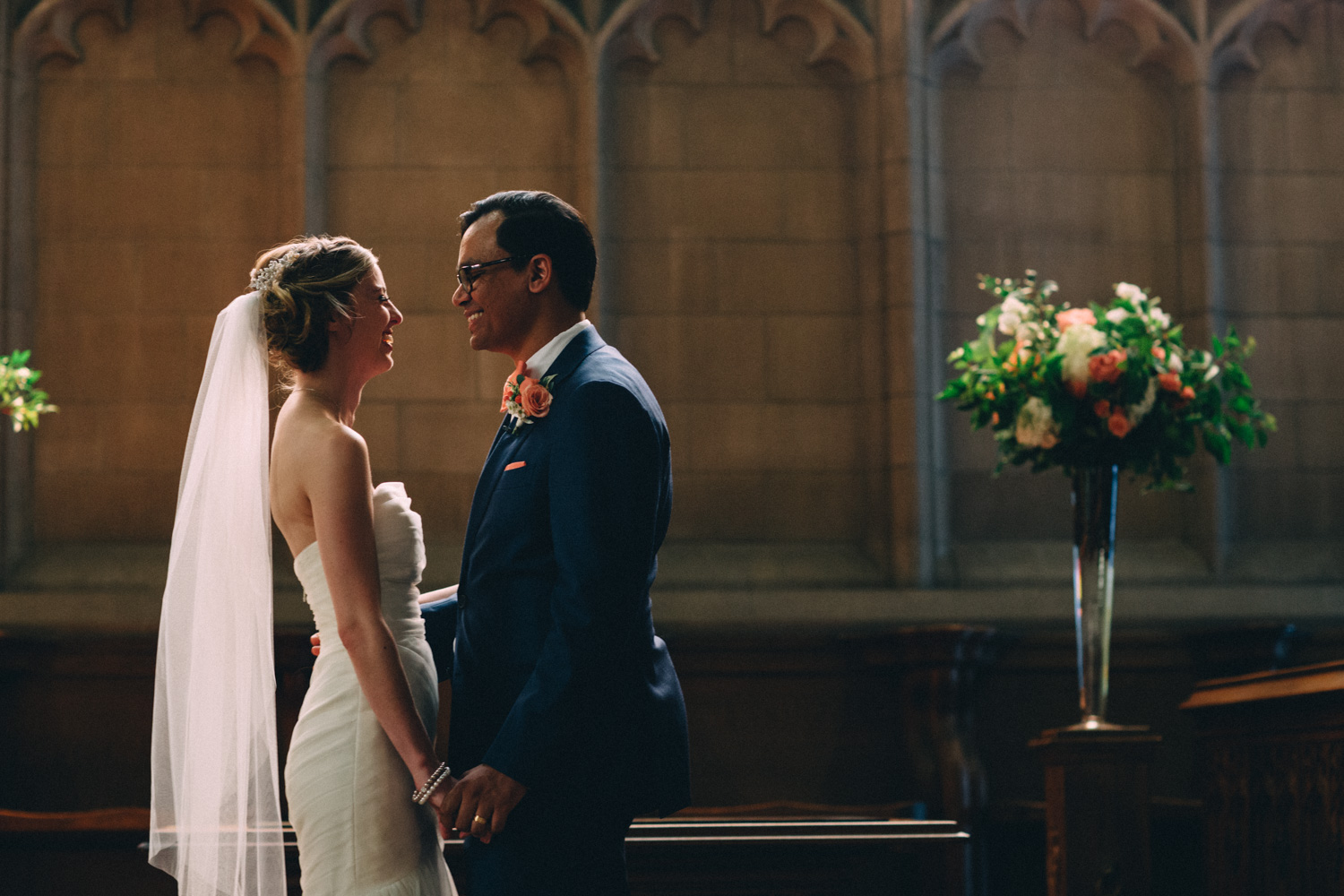 knox-college-toronto-wedding-photos-by-sam-wong-of-artanis-collective_30
