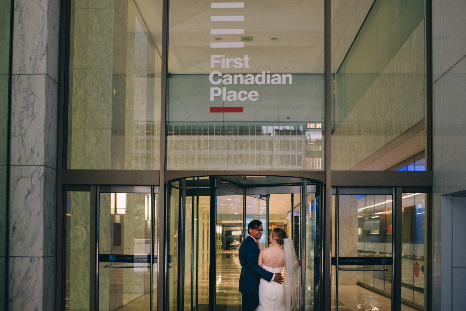 knox-college-toronto-wedding-photos-by-sam-wong-of-artanis-collective_46