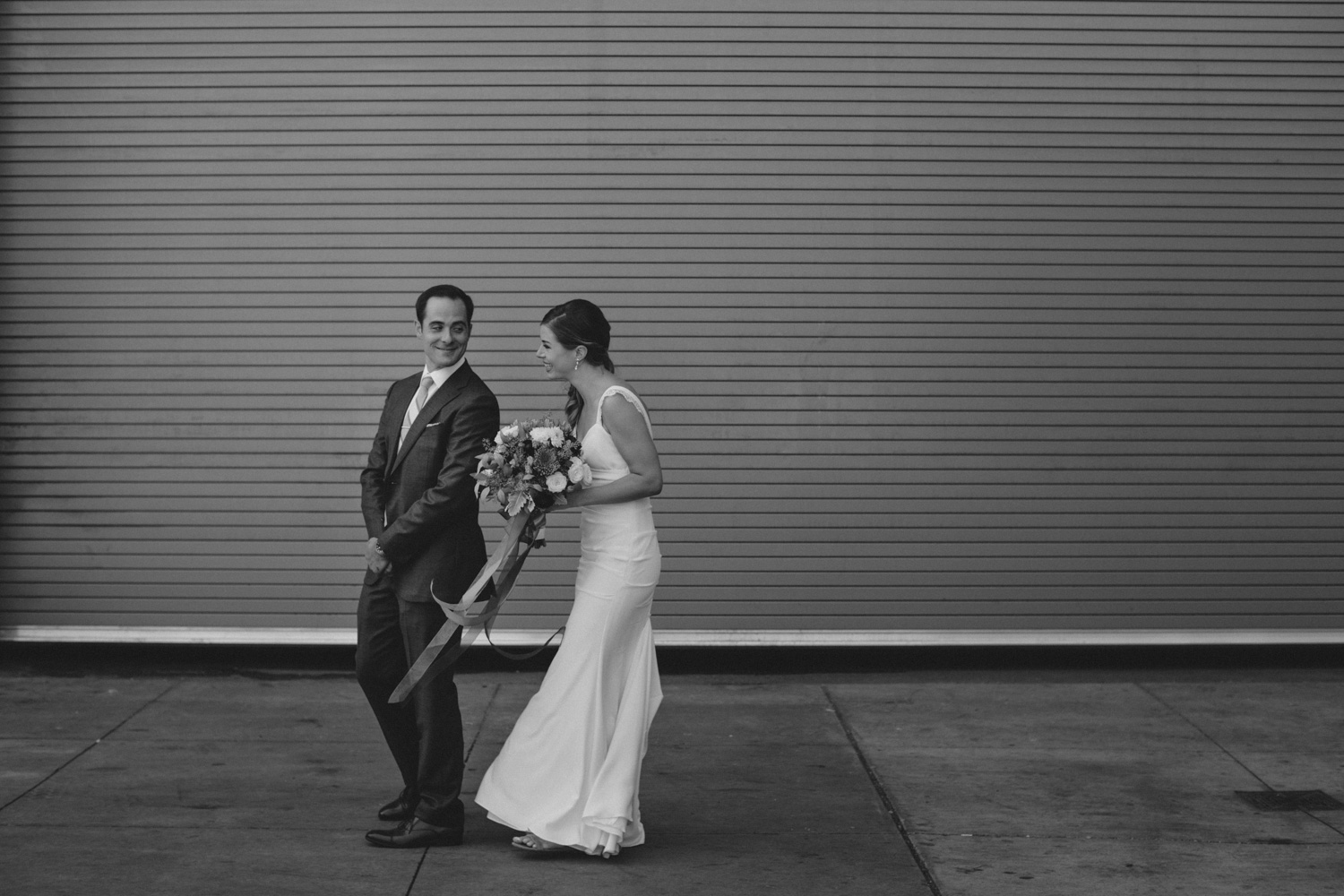 steam-whistle-brewery-wedding-photos-toronto-wedding-photography-by-sam-wong-of-artanis-collective_01018
