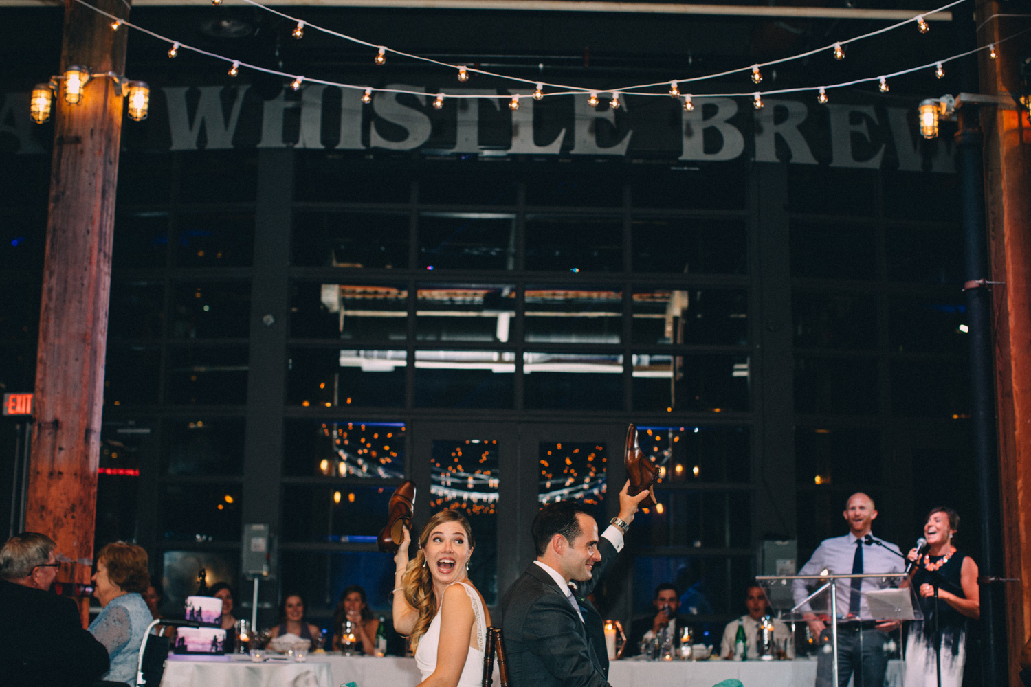 steam-whistle-brewery-wedding-photos-toronto-wedding-photography-by-sam-wong-of-artanis-collective_01054