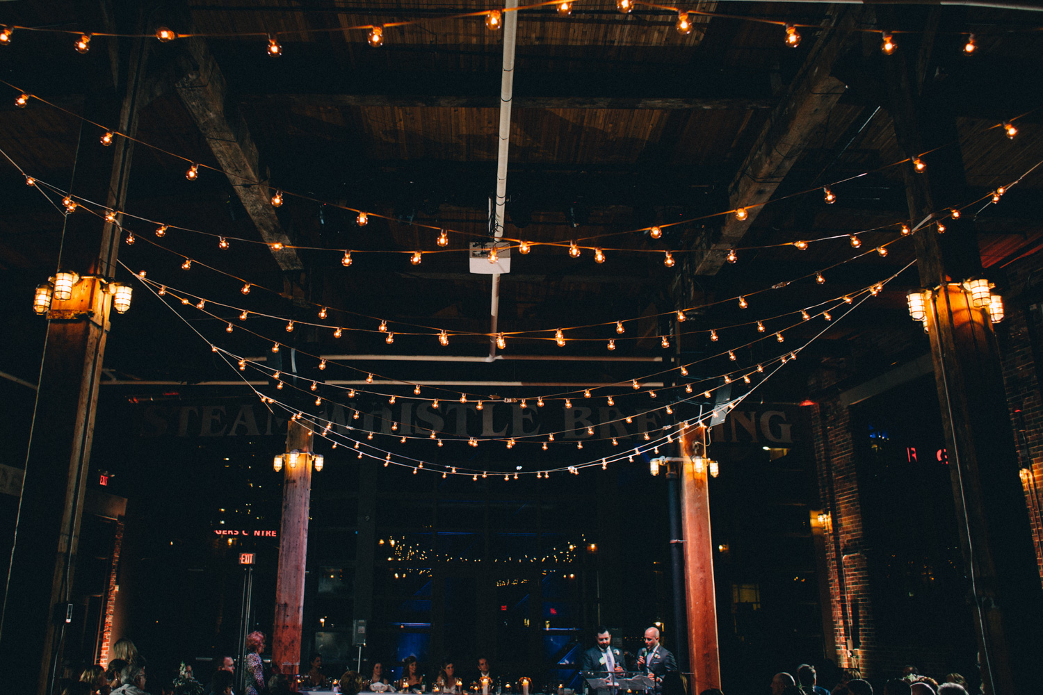 steam-whistle-brewery-wedding-photos-toronto-wedding-photography-by-sam-wong-of-artanis-collective_01055