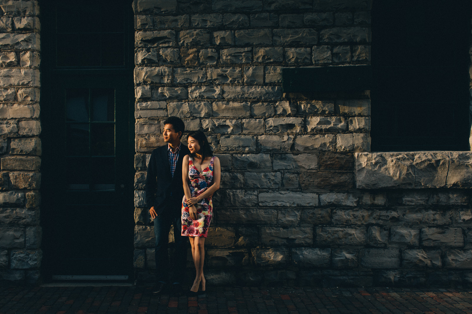 distillery-district-engagement-photos-toronto-wedding-photography-by-sam-wong-of-artanis-collective_006
