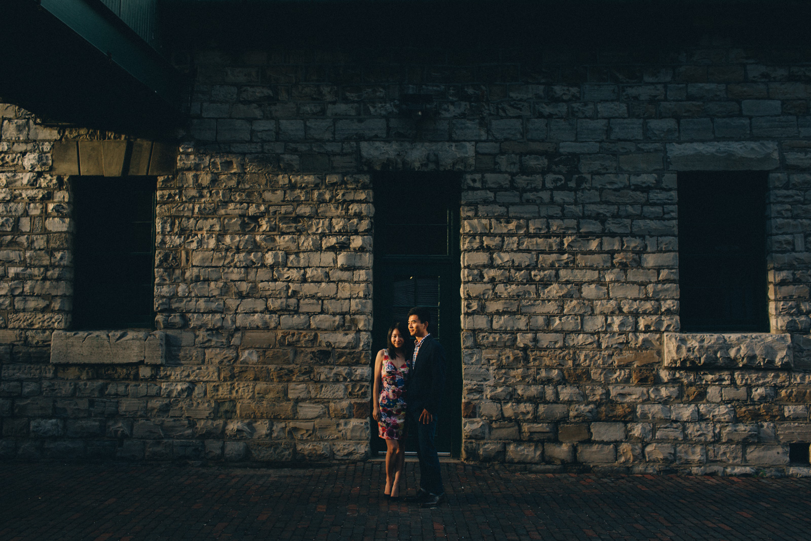 distillery-district-engagement-photos-toronto-wedding-photography-by-sam-wong-of-artanis-collective_012
