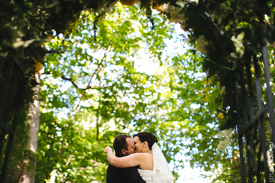 Kortright-centre-wedding-photographer-visual-cravings-ArinaMurray_124